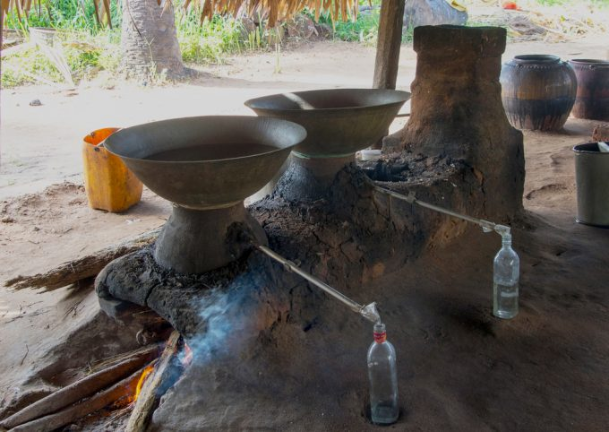 primitive water distillation