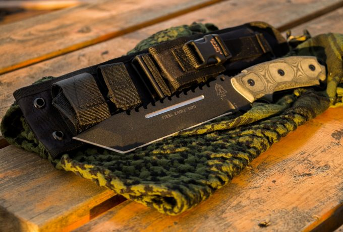 Best Survival Knife: Staying Safe in the Rugged Outdoors