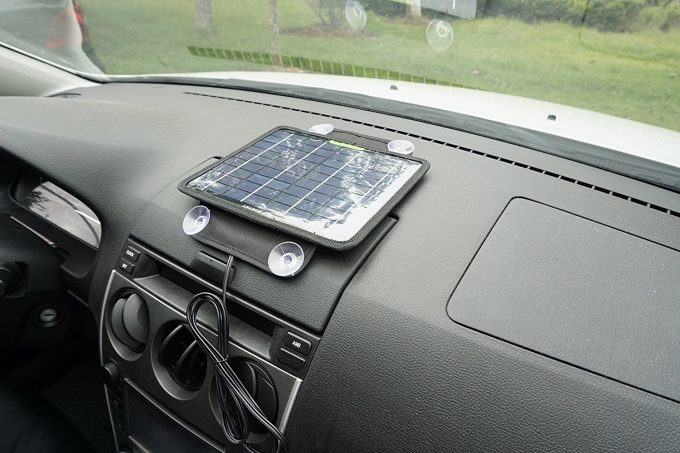 solar panel charging in car