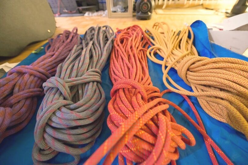 climbing ropes ready to use