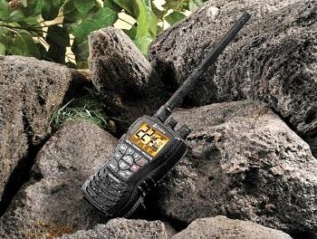Cobra HH450 Camo Handheld VHF GMRS Floating Radio