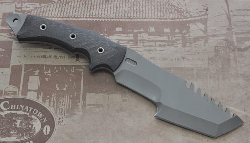 Serrated survival knife