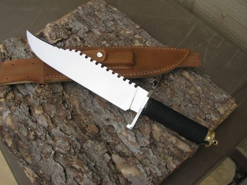 survival knife on the three with sheath