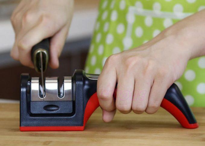 Best Pocket Knife Sharpener: Keeping Your Blades Sharp