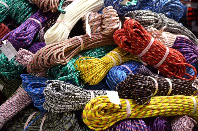 different types of climbing ropes