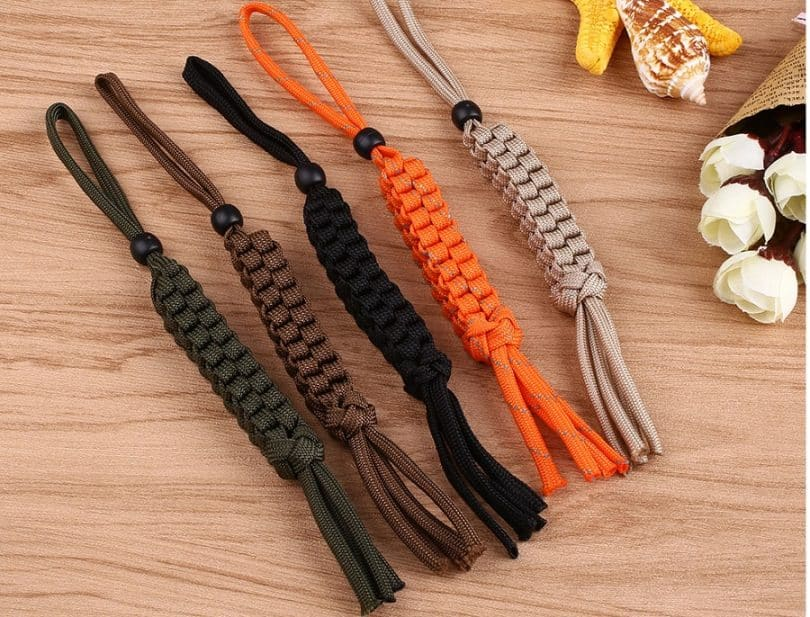 knots made from paracord