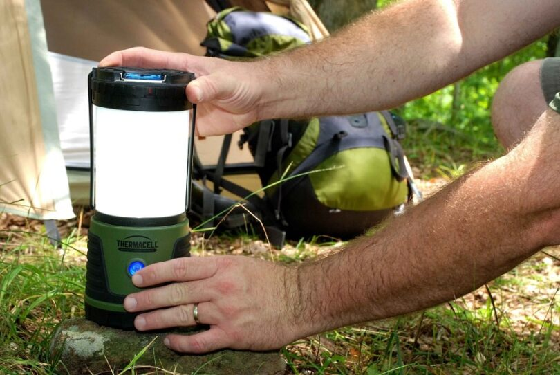 Using best mosquito repellents systems