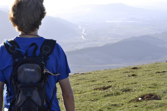 What to Wear Hiking: Best Attires for Your Hiking Tour