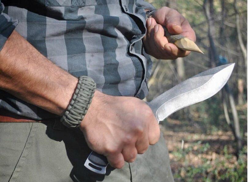 Bacpacking knife blade