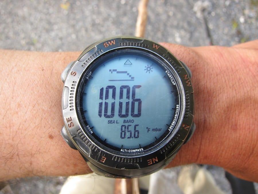 Hiking watches barometer