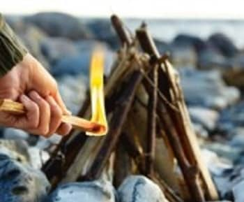 Light My Fire TinderSticks Natural Fire Building Material with 80% Resin