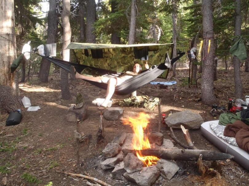 Use campfire to dry your clothes