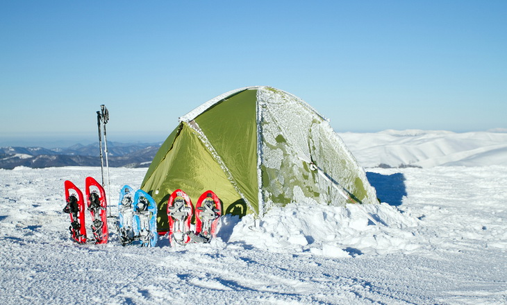Four person tent in winter time