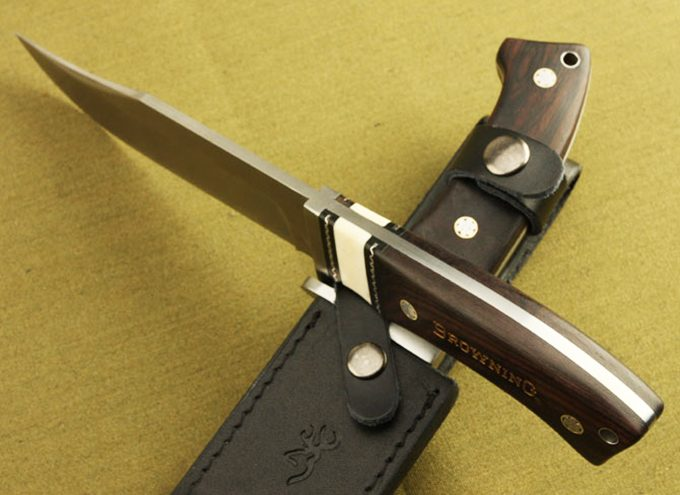 sharp pointed knife