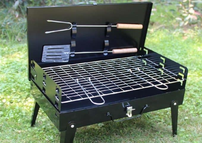 Cooking area on portable grill