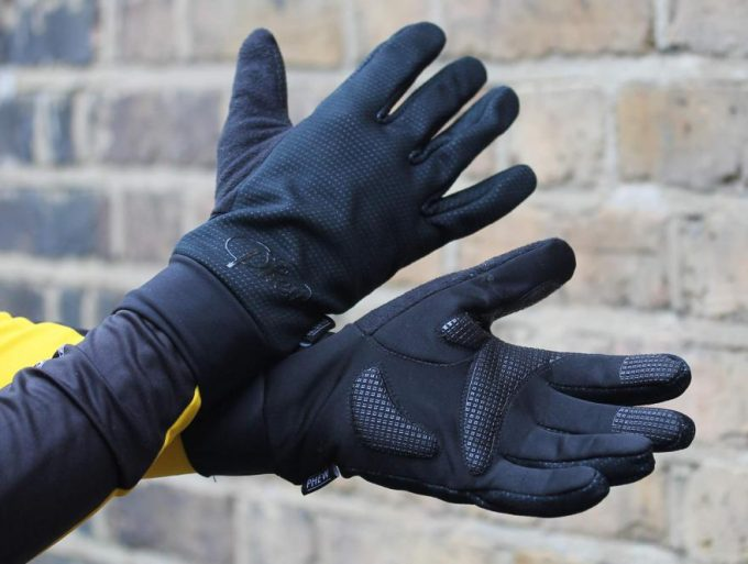 Woman wearing Winter Windster gloves