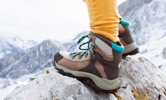Woman wearing a pair of winter hiking boots