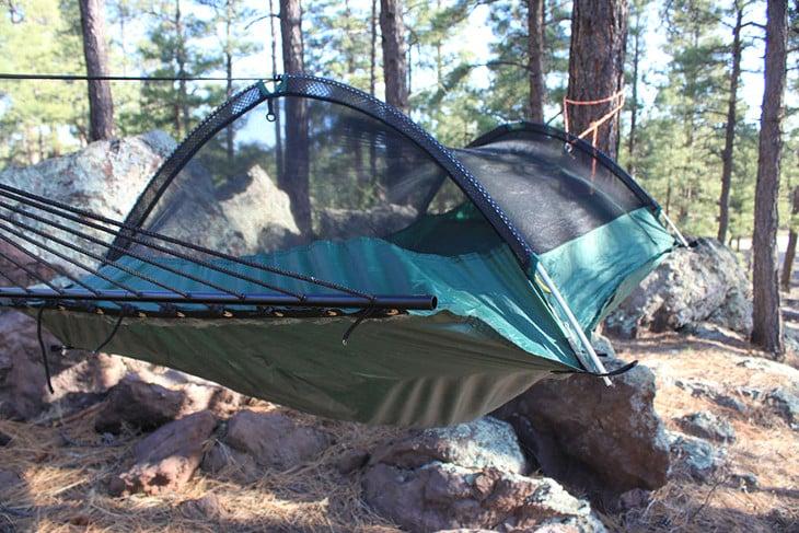 Tent or hammock