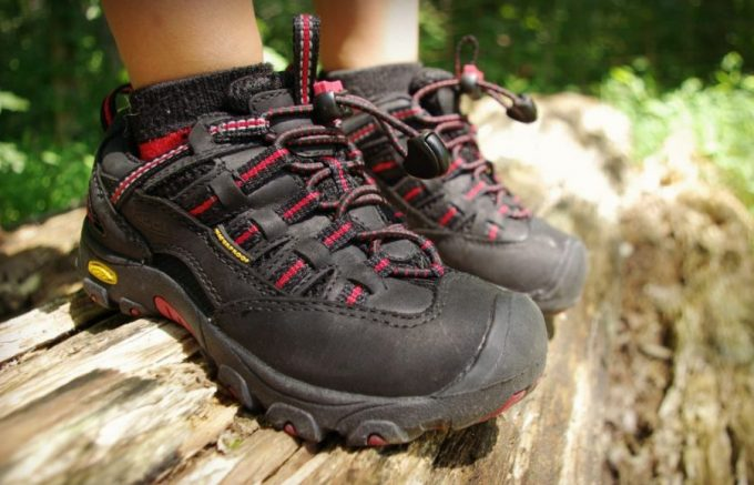 hiking shoes for toddler with good traction