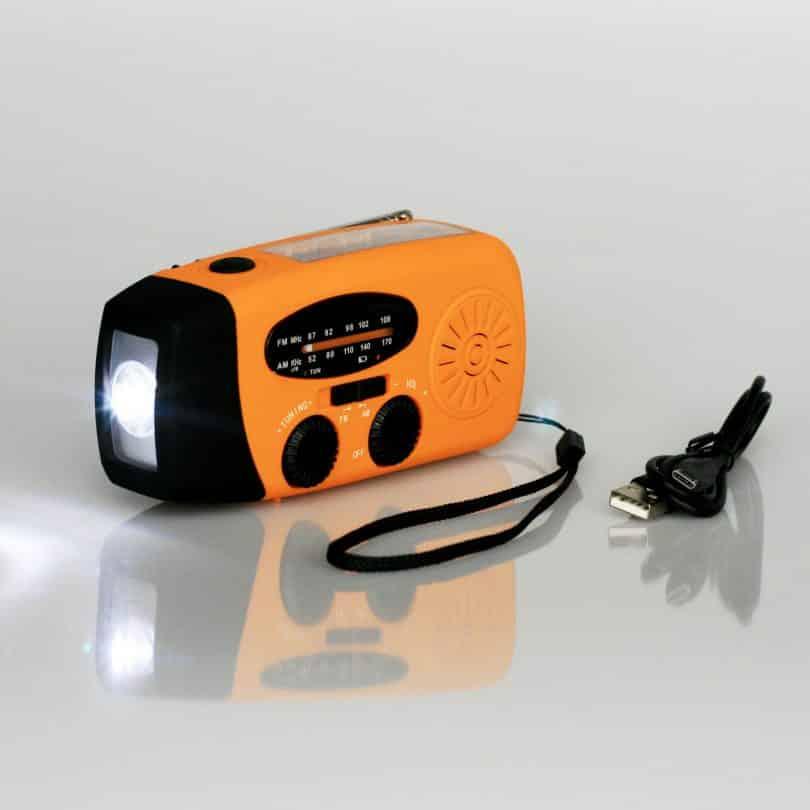 Solar Hand Crank AM FM Radio & Power Bank & LED Flashlight - Yellow