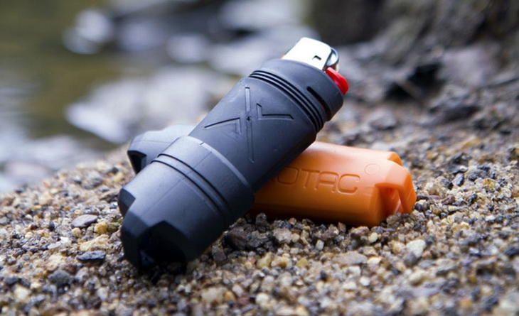Two Waterproof case for lighter