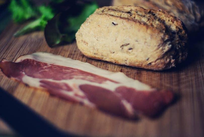 breakfast-meat-roll-lettuce