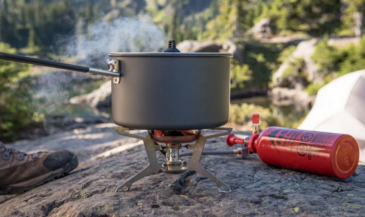 Hard-Anodized Aluminum frying pan