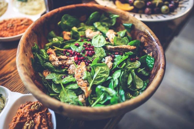 Salad pomegranate, chicken, spinach