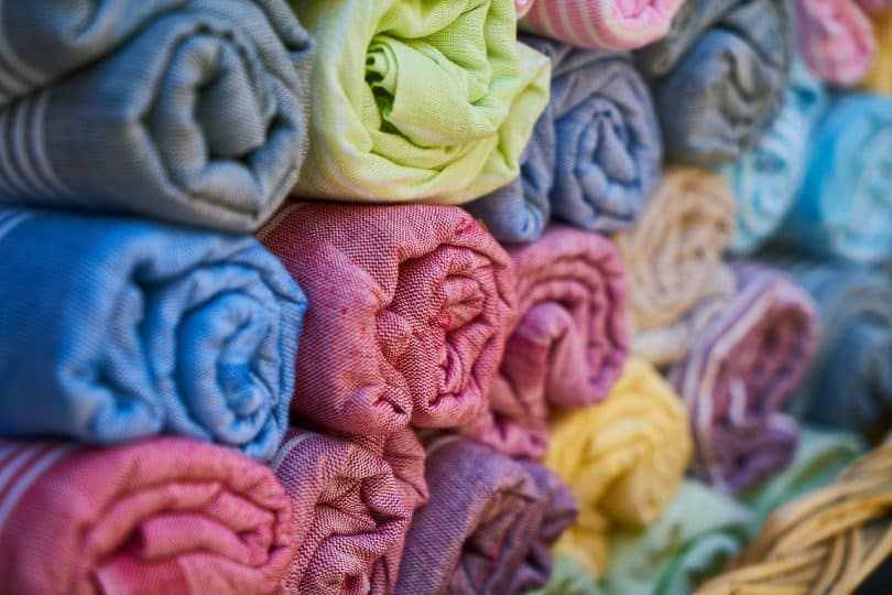 a close up picture of bath towels