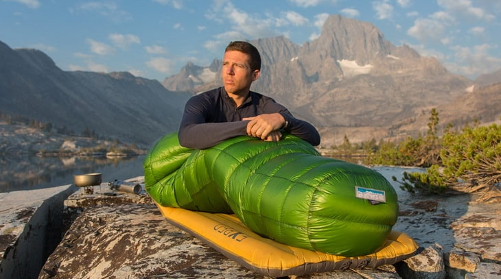 a40290d951f Best Down Sleeping Bag  The Best Way to Stay Warm During the Cold Nights in  the Outdoors