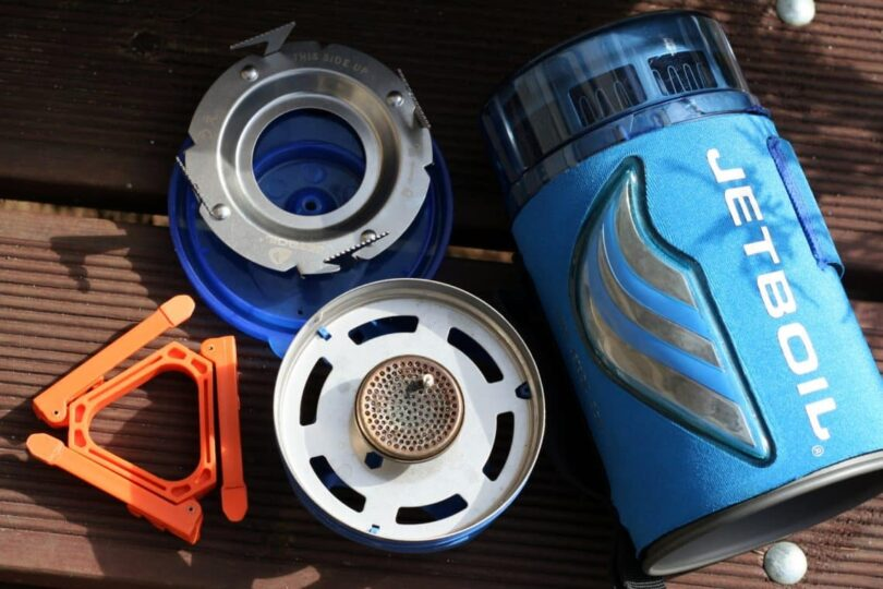 Jetboil Flash vs Zip: Which One is The Best Stove for Outdoor Use?