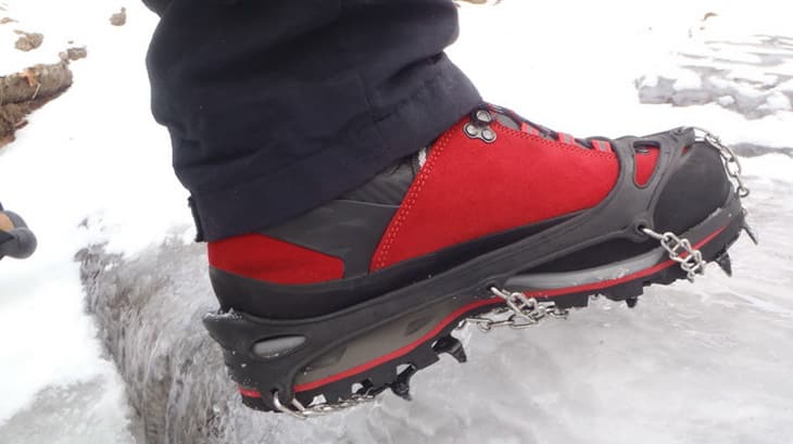 Lowa-Mountain-Expert-with-Hillsound-Trail-Crampon-on-ice