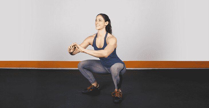 woman doing a perfect squat