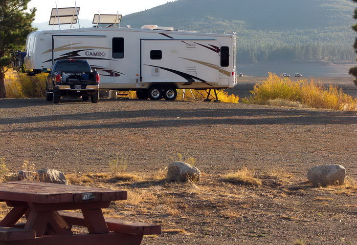 Boondock Camping in the middle of the nature