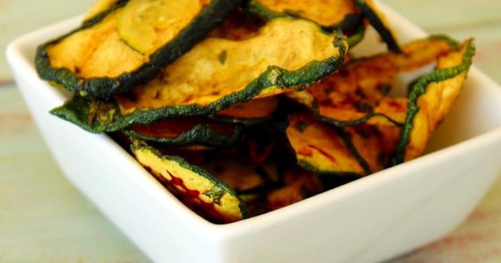 Raw Zucchini Chips