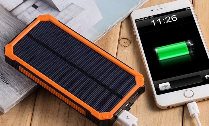 Solar Charger with 6LED Flashlight 15000mAh