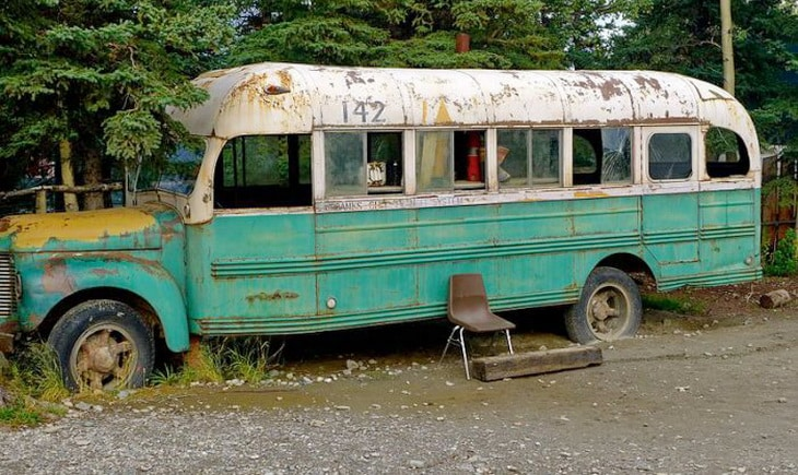 The_replica_of_the_school_bus_that_Chris_McCandless_lived_in