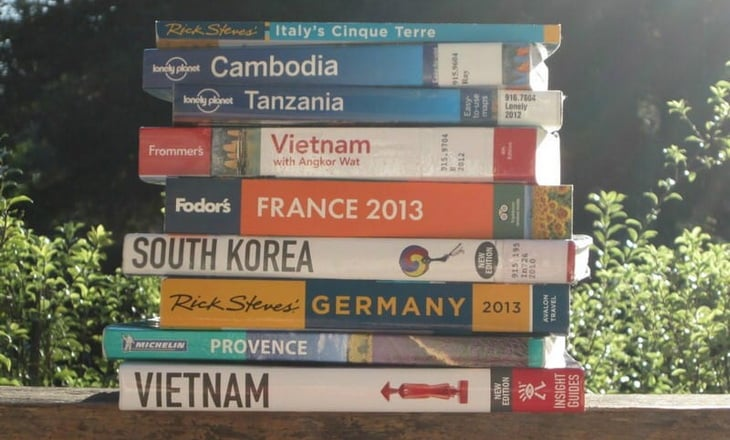 Travel Guidebooks in Sunlights