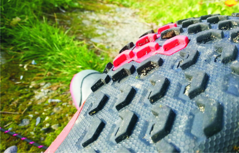 hiking-shoes-traction