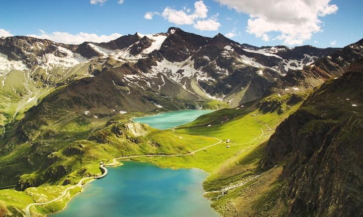 italian-mountains-landscape