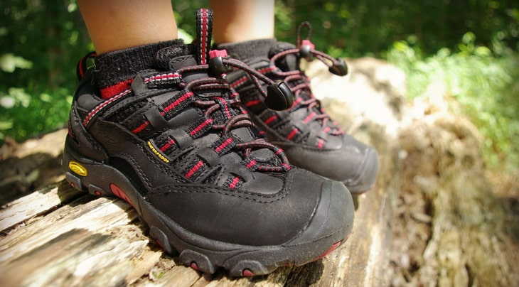 Best Hiking Shoes for Kids: Expert's