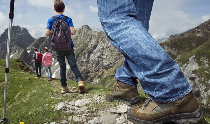 Hiking on mountains with kids