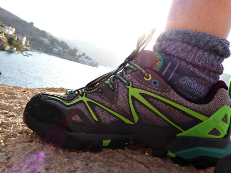 light weight-hiking-shoes