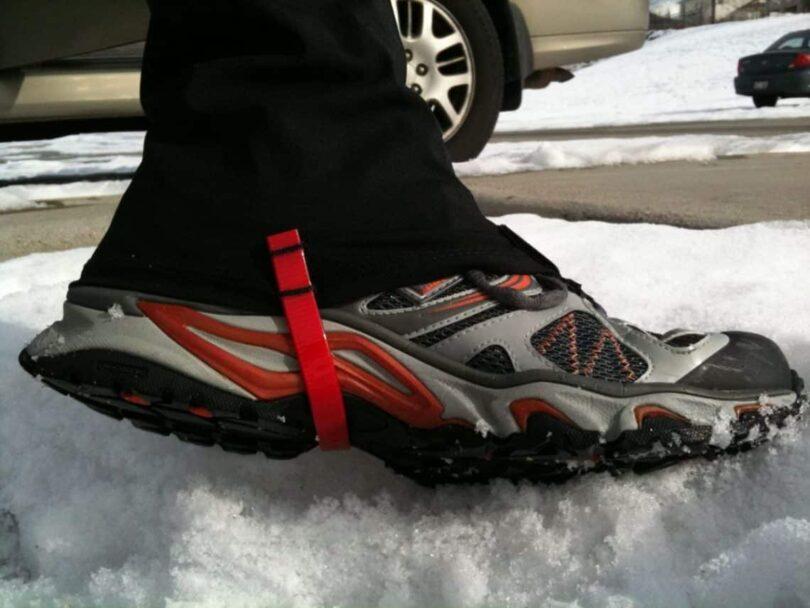 running-gaiters-strap
