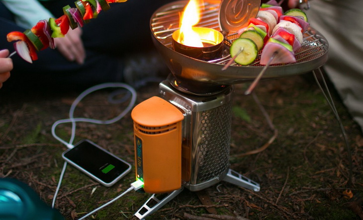 Cooking diner on BioLite Wood stove