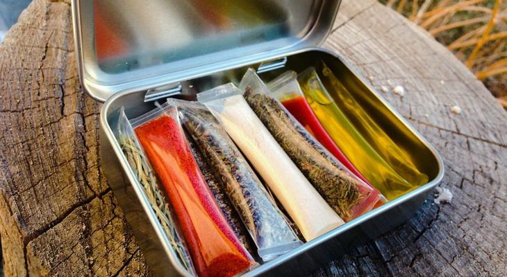 DIY Camping Spice Kit