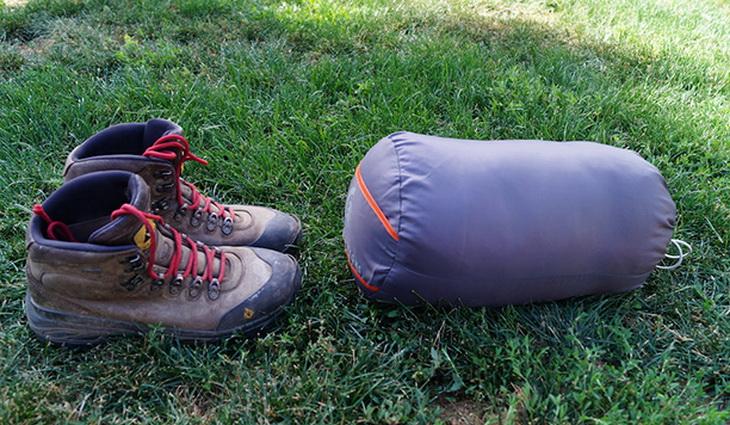 Sierra Designs Backcountry Bed 600 3-Season in a sack