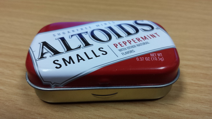 Altoids Smalls container