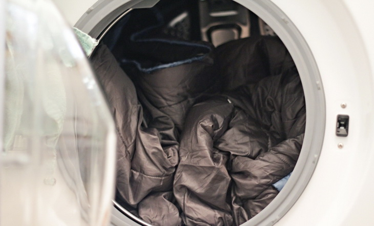 Sleeping bag in the dryer