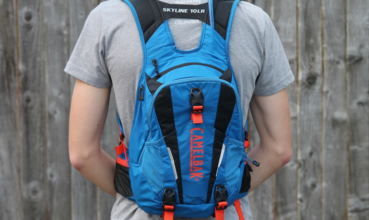 Man wearing Camelbak Skyline